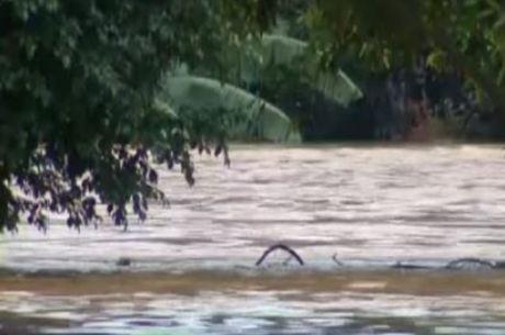 Chuvas transbordaram rios no interior do Rio de Janeiro
