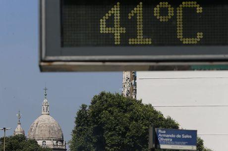 Onda de forte calor atinge o Rio