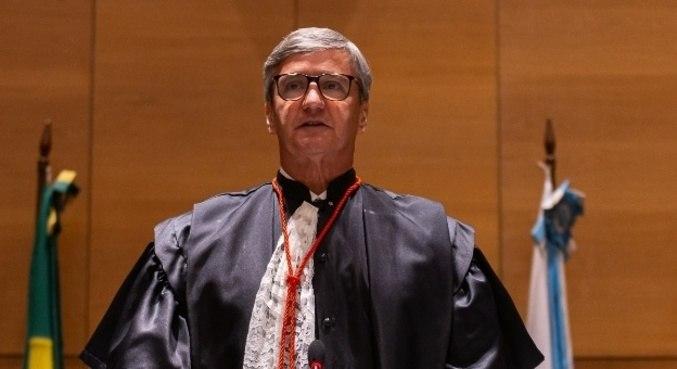 Henrique Carlos de Andrade Figueira tomou posse nesta sexta-feira (5)