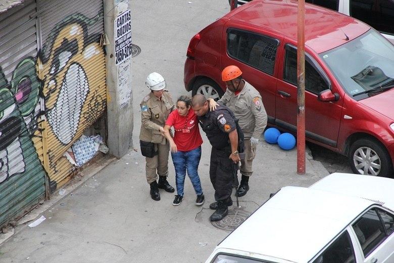 Termina assalto com reféns no Rio; um cliente e um assaltante morreram