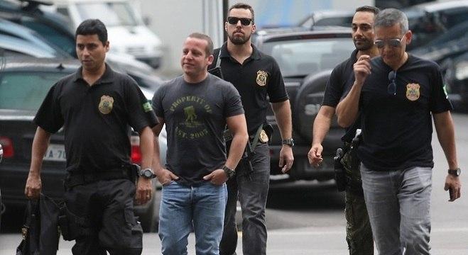 Delegado-chefe da Polícia Civil Marcelo Martins chega à sede da Polícia Federal