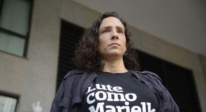 Mônica diz que a democracia também sofre com a morte de Marielle