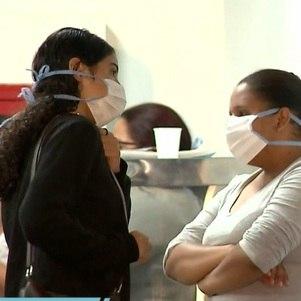 Caxias suspende uso de máscara