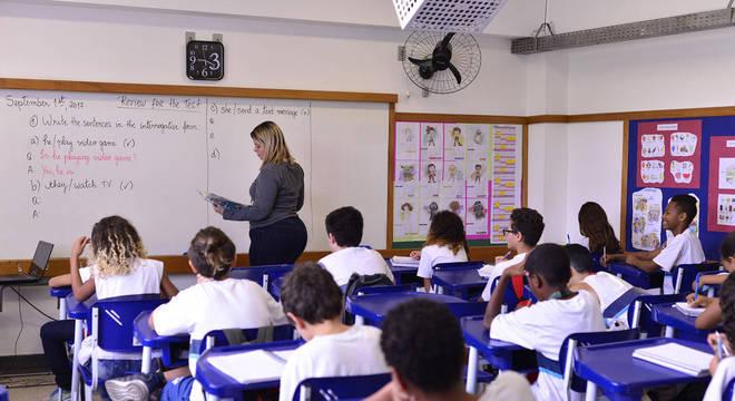 RJ: prefeitura e estado não chegam a consenso sobre retorno das aulas