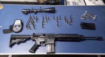 Fuzil e munição são apreendidos no terminal Novo Rio