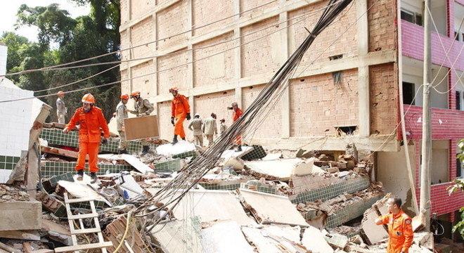 Desabamento ocorreu no último dia 12 de abril na zona oeste do Rio