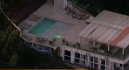 Acidente teria ocorrido na área da piscina