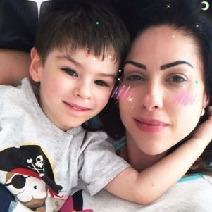 Monique com o filho Henry
