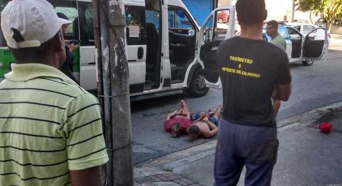 Criminosos tentaram fugir em van após tentativa de assalto em Piedade