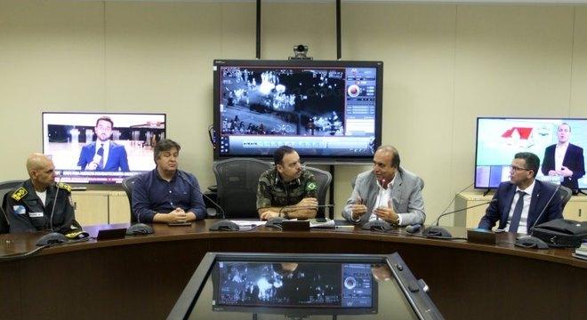 Pezão se reuniu com secretário de Segurança e interventor federal