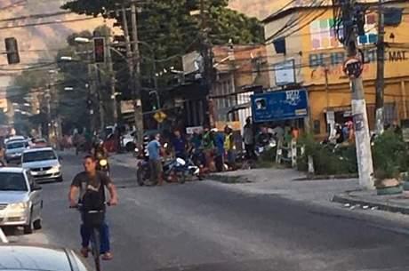Criança foi atingida nas costas por bala perdida