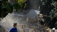 Moradores da Muzema (RJ) protestam contra demolições