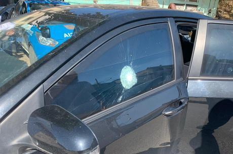 Carro do deputado foi atingido por tiros