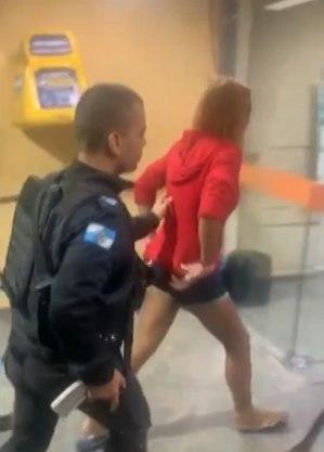 Mãe foi presa em flagrante por agressão