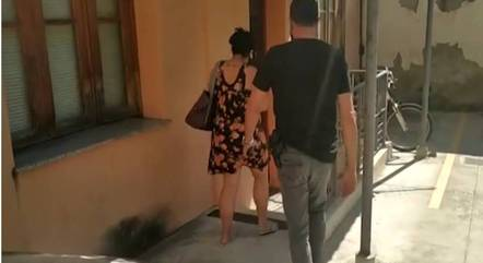Mulher foi presa após denúncia de parente