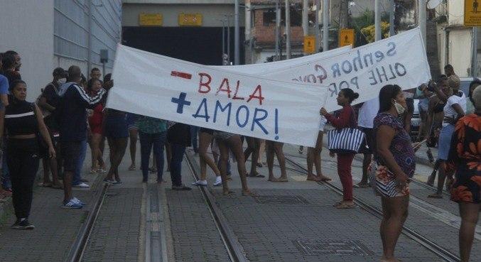 Moradores da Providência fazem manifestação contra violência nesta quinta (27)