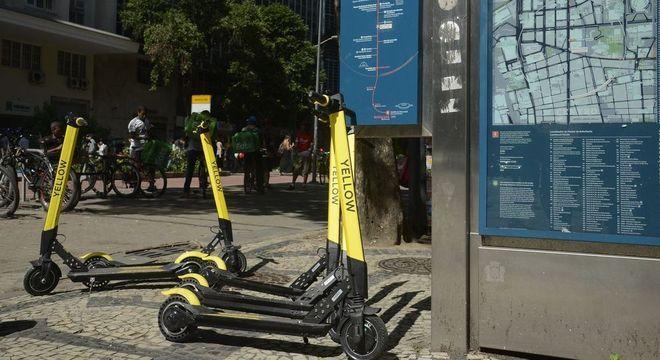 Prefeitura recolheu das ruas da capital 1.067 patinetes elétricos