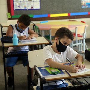 RJ suspende ensino presencial em 36 cidades