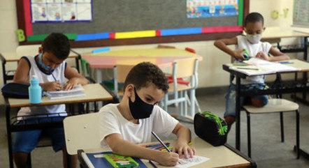 Rio tem volta às aulas presenciais nesta segunda