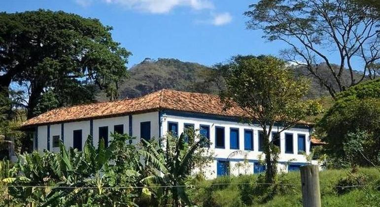 Polícia investiga fazenda de Tandera na Baixada, comprada após esquemas de lavagem de dinheiro