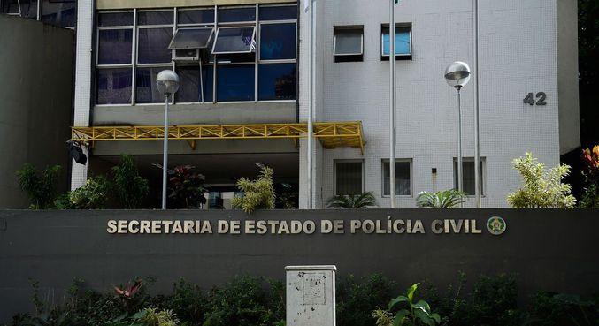 Polícia desarticula quadrilha que comprava bebidas para bailes com cartões desviados