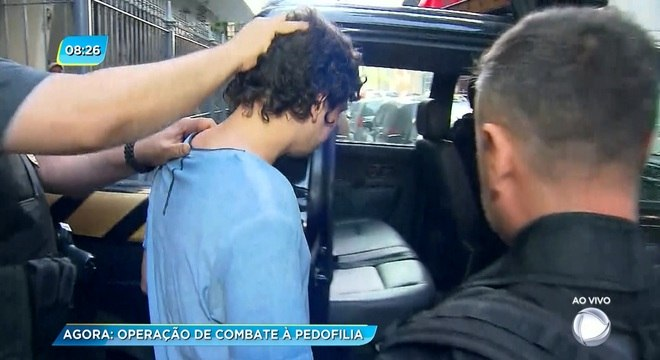 Homem foi preso em flagrante em seu apartamento no Flamengo