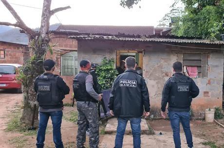Casal foi preso em casa, no bairro Duarte da Silveira