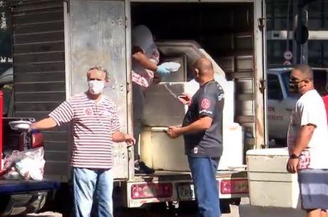 Escola entregou quentinhas na região central  do Rio