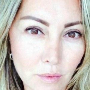 Elaine Caparroz foi agredida por 4 horas