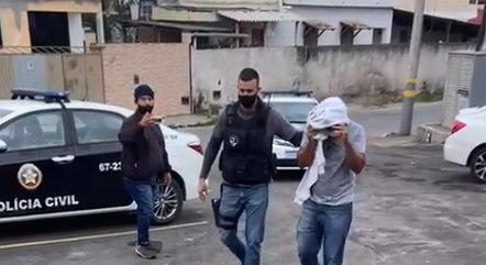 Polícia prende, pelo menos, 3 pessoas em operação
