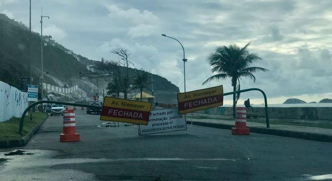 A avenida Niemeyer foi interditada em 2019 após chuva provocar deslizamento de terra