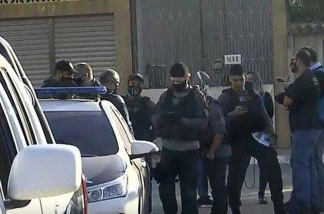 Agentes buscam  cumprir 32 mandados de prisão