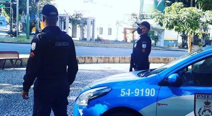 Jovem foi rendido por assaltante e foi atingido com um tiro em Vila Isabel
