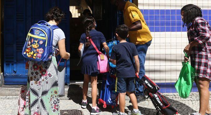 Sindicato fez levantamento a partir de denúncias de professores