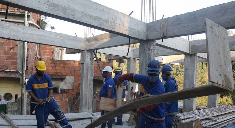 Ação contou com apoio da  UPP  Tabajaras e Cabritos, de Copacabana, na zona sul