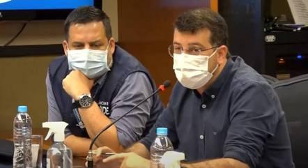 Márcio Garcia e Daniel Soranz durante informe