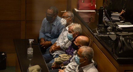 Policiais acusados por chacina em Nova Brasília são julgados