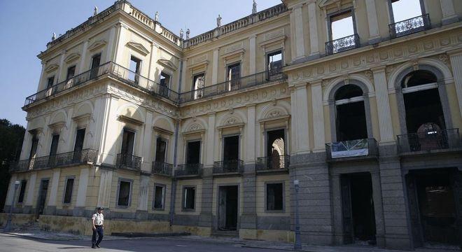 Museu Nacional teve parte de seu acervo destruído pela chamas em setembro de 2019