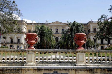Incêndio destruiu acervo exposto do Museu Nacional