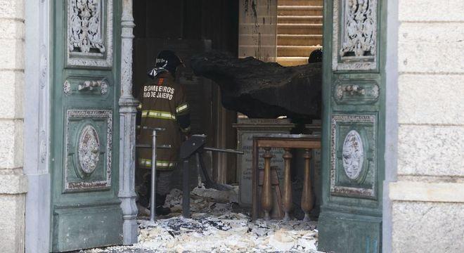 Material coletado no extremo sul pode ter sido distruído pelo fogo