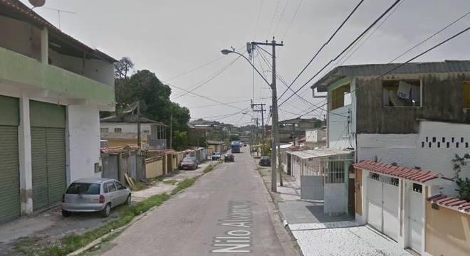Mulher morre com bala perdida no bairro de São Gonçalo (RJ)
