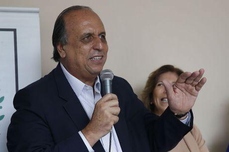 Ex-governador testou positivo para a covid-19