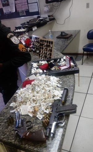 Polícia recuperou joias roubadas