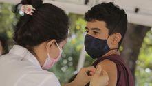 Rio decide manter vacinação de adolescentes de 14 anos