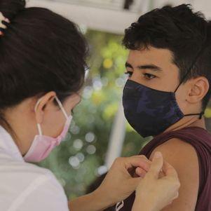 Rio mantém vacinação de adolescentes
