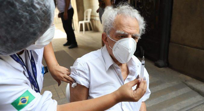 Confira o cronograma de vacinação contra a Covid nas capitais brasileiras