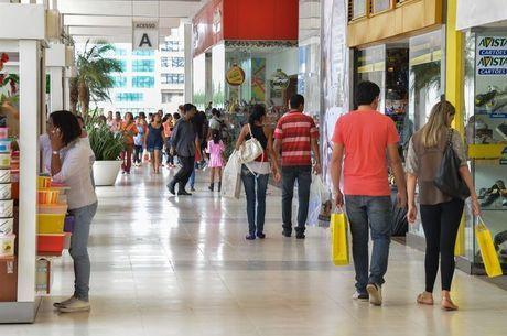 Cerca de 3.000 lojas reforçarão quadro de funcionários