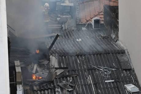 Três bombeiros morreram durante combate do incêndio