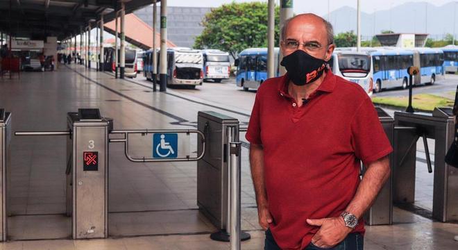 Eduardo Bandeira de Mello esteve no terminal Alvorada