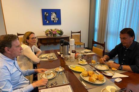 Crivella tomou café com o presidente Jair Bolsonaro
